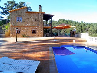 Bonita villa para 10 personas con piscina privada, piscina y barbacoa
