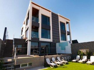 6 bedroom Villa in Meloneras, Canary Islands, Spain : ref 5489402
