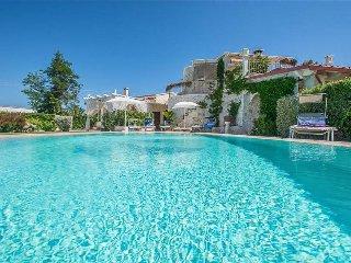4 bedroom Villa in Ramunno I, Apulia, Italy : ref 5489282