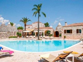 6 bedroom Villa in Villa Castelli, Apulia, Italy : ref 5489277