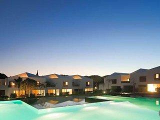 3 bedroom Villa in Olhos de Água, Faro, Portugal : ref 5489043