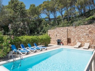 Begur Villa Sleeps 8 with Pool and WiFi - 5488904