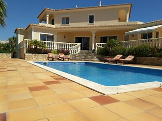 3 bedroom Villa in Ferragudo, Faro, Portugal : ref 5488832