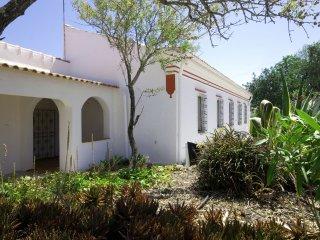 4 bedroom Villa in Silves, Faro, Portugal : ref 5488823