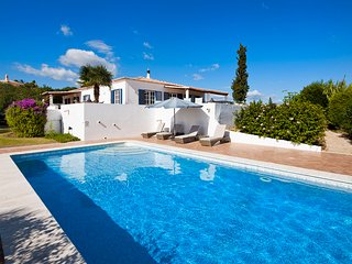 4 bedroom Villa in Carvoeiro, Faro, Portugal : ref 5488806