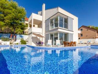3 bedroom Villa in Milna, Splitsko-Dalmatinska Zupanija, Croatia : ref 5488269