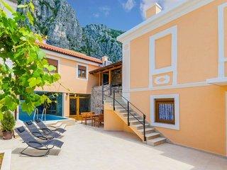 3 bedroom Villa in Crikvenica, Primorsko-Goranska Županija, Croatia : ref 548774