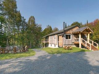 6 bedroom Villa in Lac-Vert, Quebec, Canada : ref 5487604