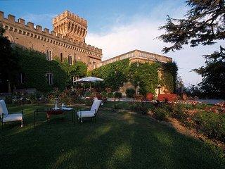 13 bedroom Villa in Venturina, Tuscany, Italy : ref 5487591