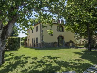 6 bedroom Villa in Montevarchi, Tuscany, Italy : ref 5487007