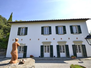 5 bedroom Villa in Le Contesse, Tuscany, Italy - 5487006