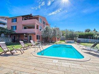 2 bedroom Apartment in Banjole, Istria, Croatia : ref 5486496
