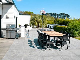 5 bedroom Villa in Kerbiriou, Brittany, France : ref 5486366