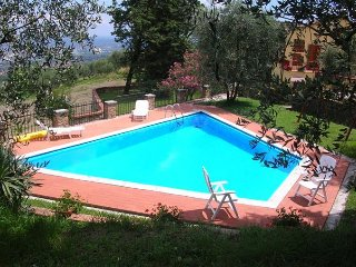 2 bedroom Villa in Lucca, Tuscany, Italy : ref 5484090