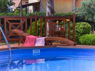 Villa di lusso con piscina vicino Roma e il mare