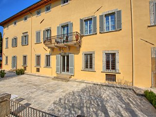5 bedroom Apartment in Sant'Anastasio, Tuscany, Italy : ref 5480885