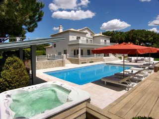 5 bedroom Villa in Quinta do Lago, Faro, Portugal : ref 5480335