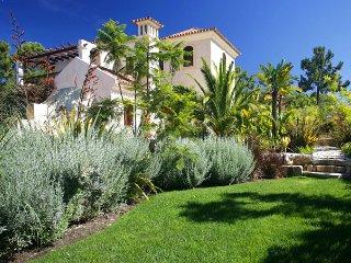 Quinta do Lago Villa Sleeps 12 with Pool Air Con and WiFi - 5480283