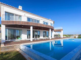 5 bedroom Villa in Vale do Garrao, Faro, Portugal : ref 5480254