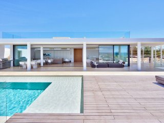 4 bedroom Villa in Vale do Lobo, Faro, Portugal : ref 5480216