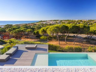 Vale do Garrao Villa Sleeps 8 with Pool Air Con and WiFi - 5480216