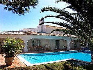 4 bedroom Villa in Quinta do Lago, Faro, Portugal : ref 5480185