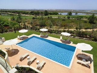 6 bedroom Villa in Ponte de Cima, Faro, Portugal : ref 5480099