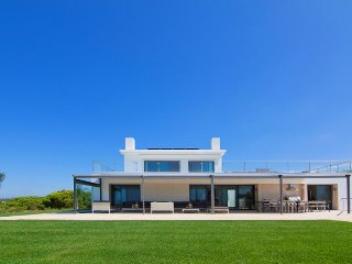 5 bedroom Villa in Quinta do Lago, Faro, Portugal : ref 5480095