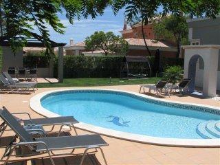 6 bedroom Villa in Vale do Garrao, Faro, Portugal : ref 5480026