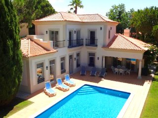 3 bedroom Villa in Ferrarias, Faro, Portugal : ref 5480013