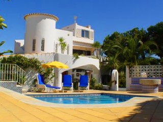 3 bedroom Villa in Vale do Garrao, Faro, Portugal : ref 5480008