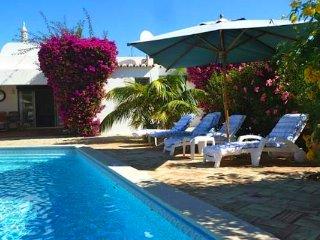 4 bedroom Villa in Vale do Lobo, Faro, Portugal : ref 5479998