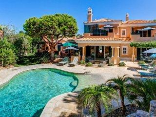 4 bedroom Villa in Vale do Lobo, Faro, Portugal : ref 5479800
