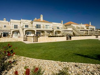 1 bedroom Villa in Vale do Garrao, Faro, Portugal : ref 5480359