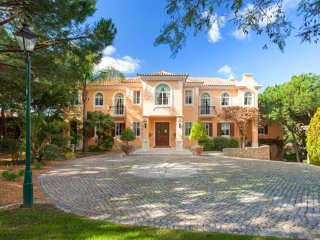 6 bedroom Villa in Quinta do Lago, Faro, Portugal : ref 5479974
