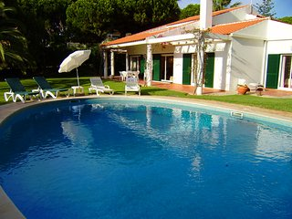 5 bedroom Villa in Vale do Lobo, Faro, Portugal : ref 5479947