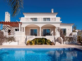 4 bedroom Villa in Vale do Garrao, Faro, Portugal : ref 5479931