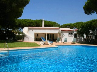 4 bedroom Villa in Vale do Lobo, Faro, Portugal : ref 5479901