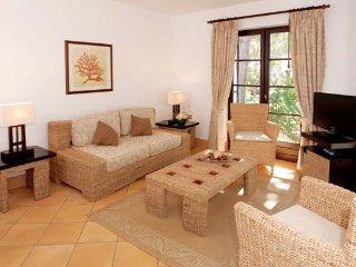 4 bedroom Villa in Aldeia das Acoteias, Faro, Portugal - 5480066