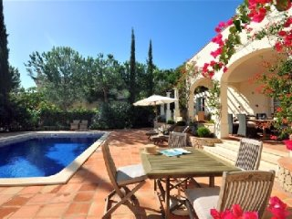 Vale do Lobo Villa Sleeps 8 with Pool Air Con and WiFi - 5479817