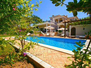 4 bedroom Villa in Quinta do Lago, Faro, Portugal : ref 5611831