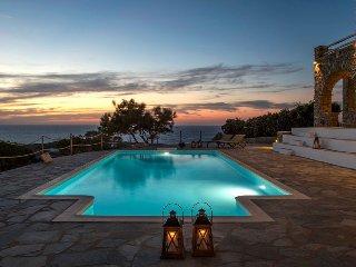1 bedroom Villa in Páros, South Aegean, Greece : ref 5478604