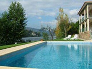 4 bedroom Villa in Cinfães, Viseu, Portugal : ref 5476316