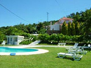 3 bedroom Villa in Cinfães, Viseu, Portugal : ref 5476311