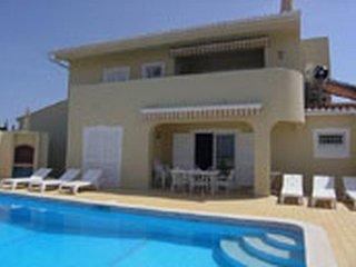 4 bedroom Villa in Carvoeiro, Faro, Portugal : ref 5476295