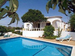 3 bedroom Villa in Senhora da Luz, Faro, Portugal : ref 5476219