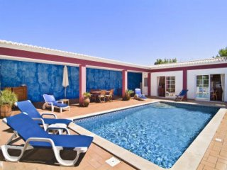 3 bedroom Villa in Senhora da Luz, Faro, Portugal : ref 5476218