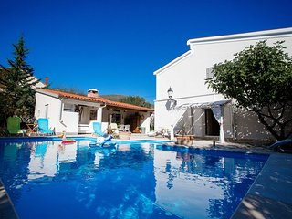 Villa Dalmatina oasis with privat heated pool