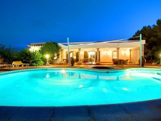 3 bedroom Villa in Santa Eulària des Riu, Balearic Islands, Spain : ref 5476111