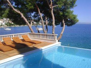 Villa Dream with Infinity Pool